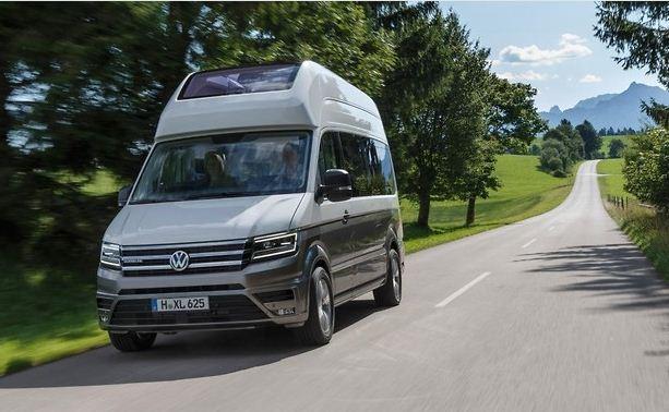 Volkswagen California XXL с душевой кабиной и тремя кроватями
