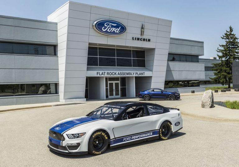 Ford  Mustang для высшего дивизиона NASCAR