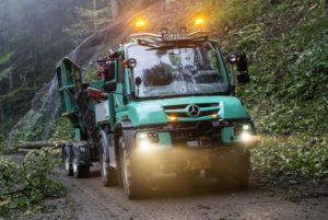 Специальные версии Mercedes Unimog для работы в лесу