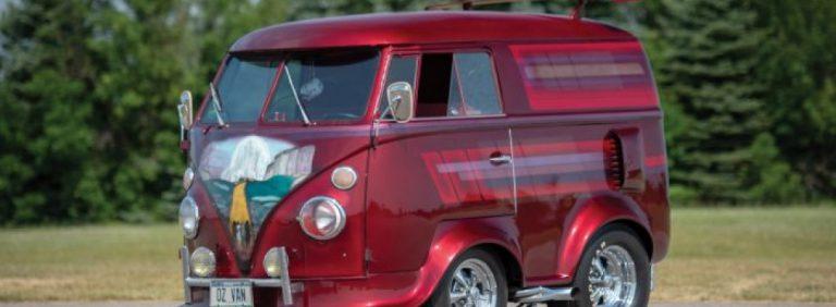 Крохотный бус Volkswagen