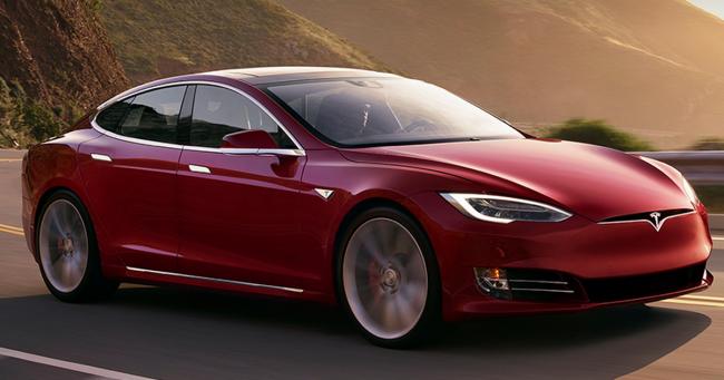 Tesla терпит огромные убытки