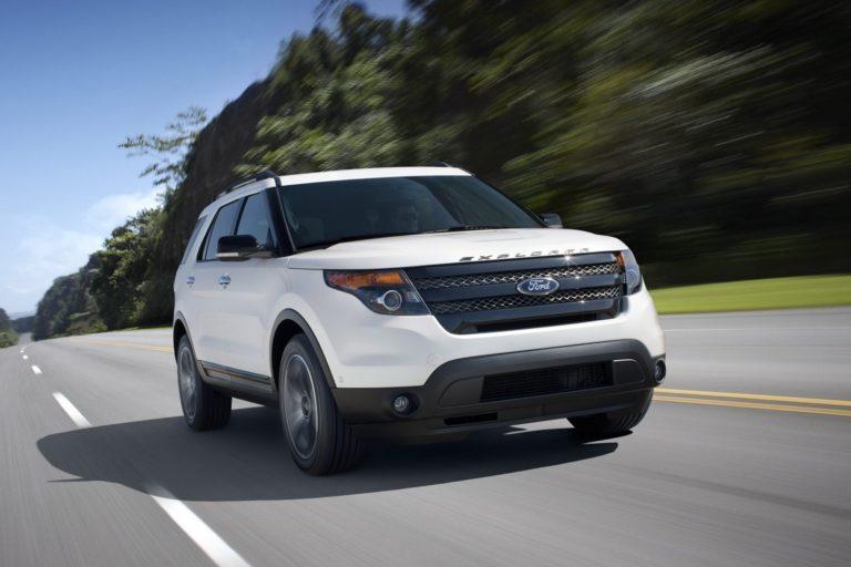 Ford против запаха новой машины
