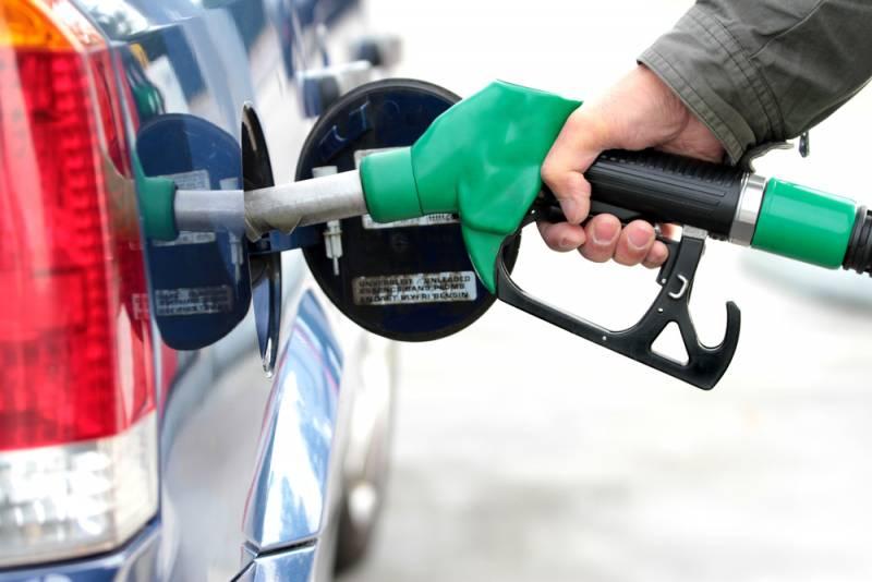 Рост цен на бензин в России - вся правда о повышении стоимости топлива