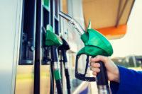 Объяснения Гаранта разницы между выступлениями во Франции и молчанием в России из за роста цен на бензин