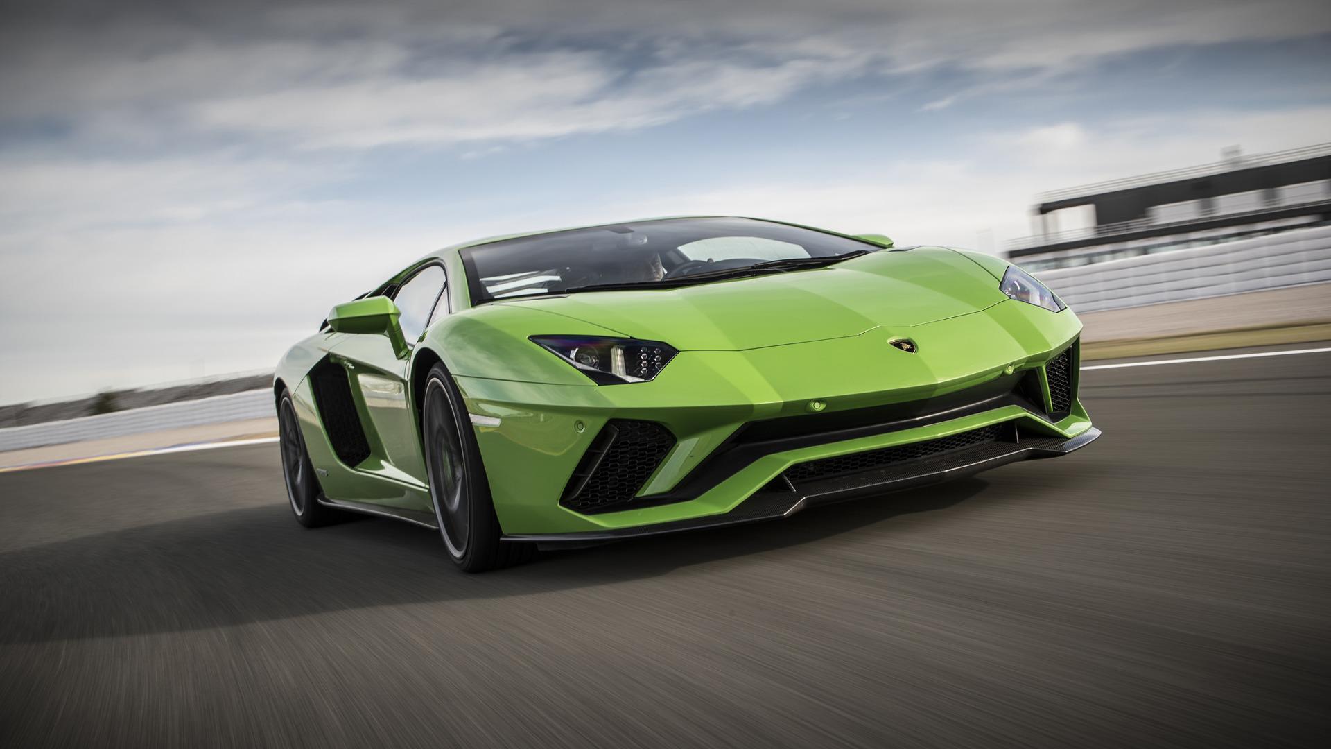 фанат Lamborghini