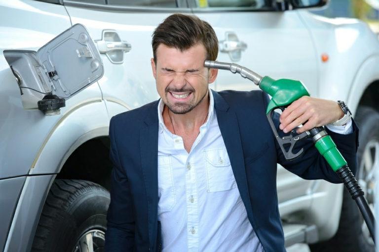 Цены на бензин - скоро пешком будет дешевле