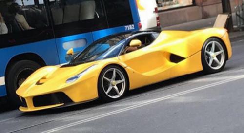 Отвратительная копия спорткара Ferrari LaFerrari
