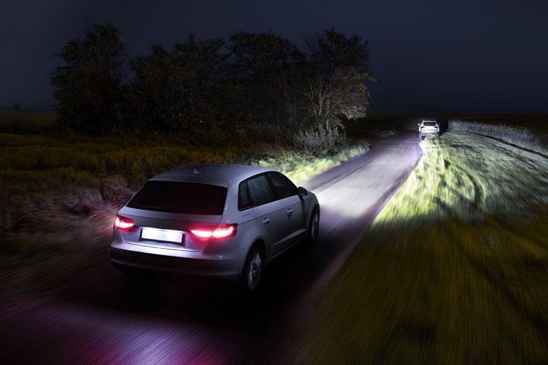 Новая светодиодная подсветка машины от Philips