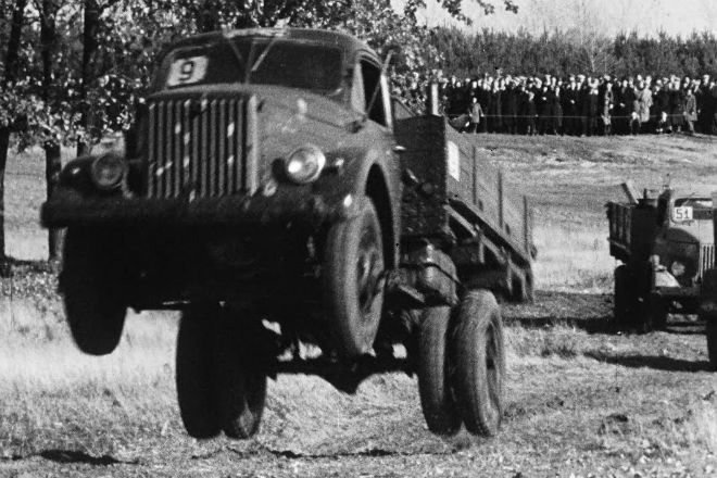 Испытание грузовиков в СССР