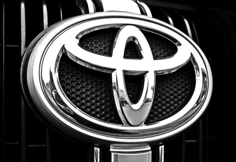Неудачные модели Toyota