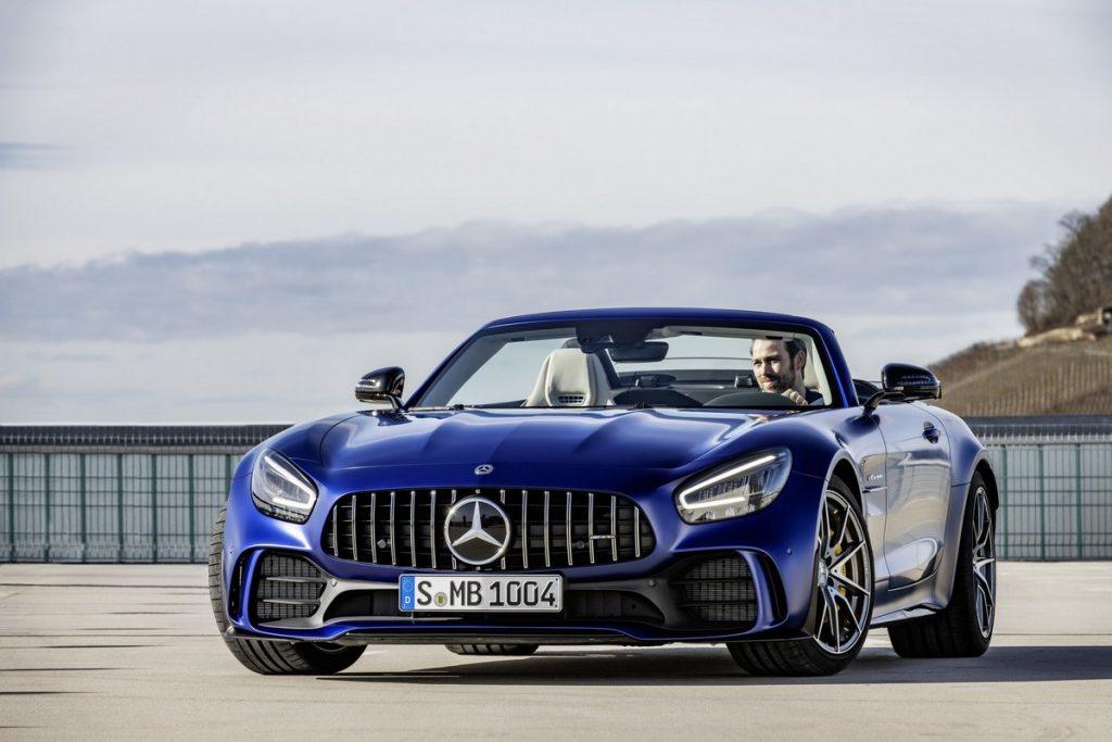 Родстер Mercedes-AMG GT