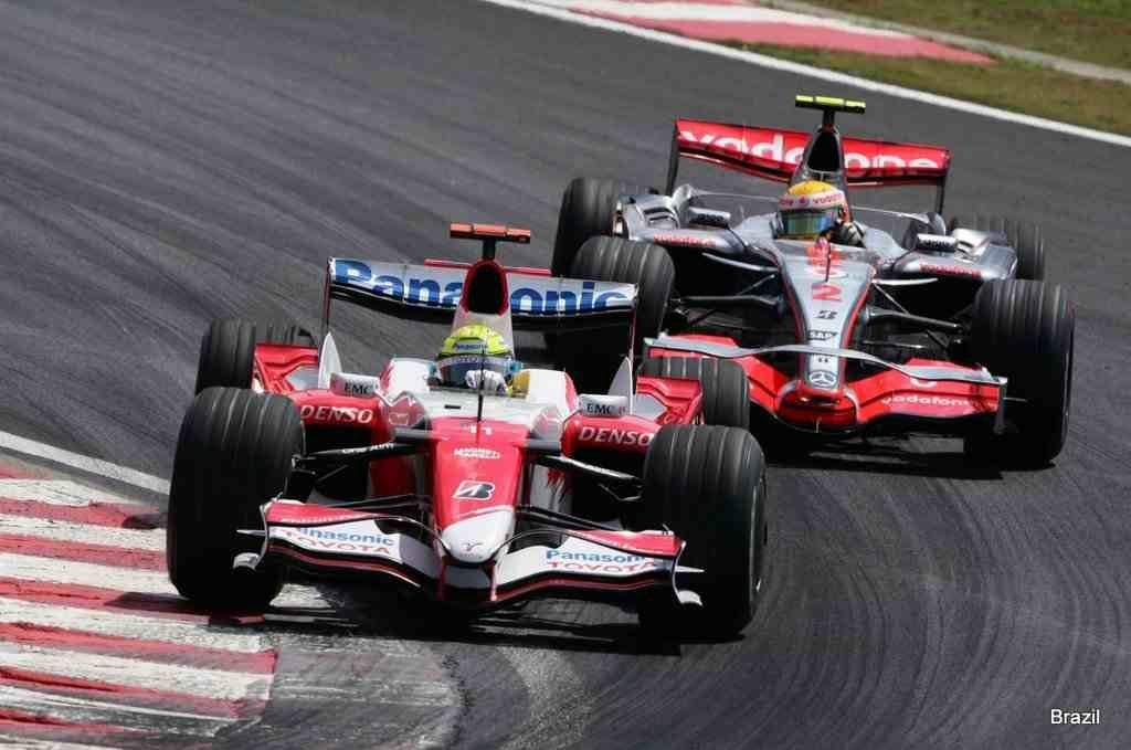 Легендарные чемпионы Формулы-1 из Scuderia Ferrari