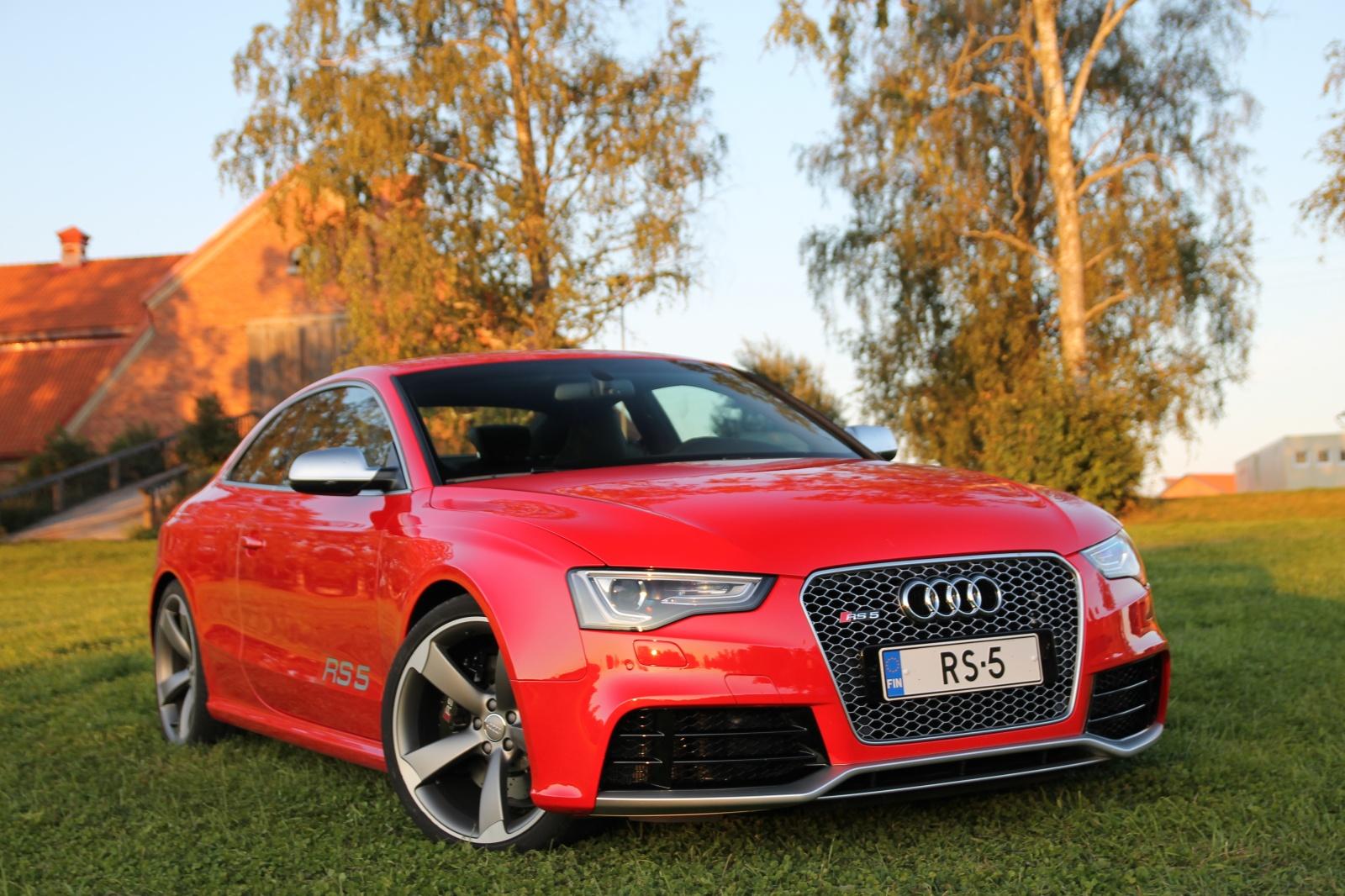 Audi RS5 - полный привод