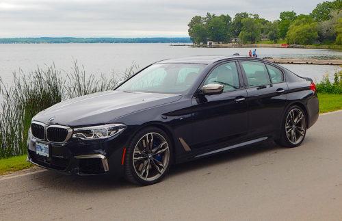 BMW M550i с 535-сильным мотором