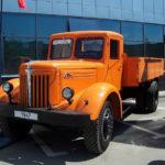 МАЗ 200 – первый большегруз в СССР