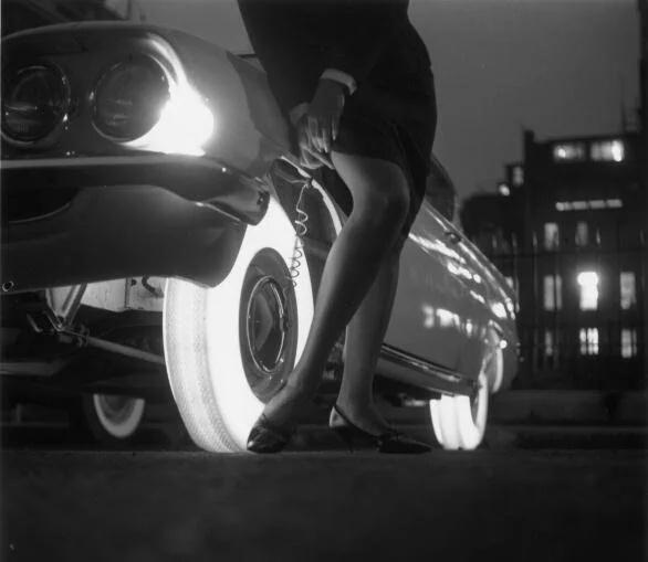 Неудачное изобретение 60-х - светяшиеся шины