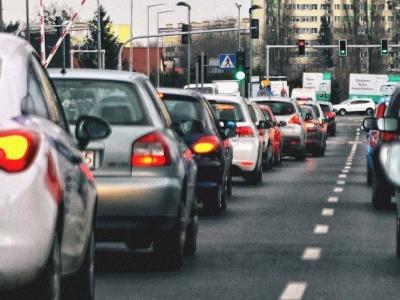 """Опасные и неопасные сигналы """"солидарности"""" водителей"""