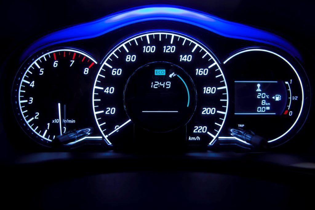 Снова о нештрафуемом пороге превышения скорости
