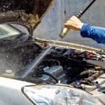 Стоит ли мыть двигатель машины водой