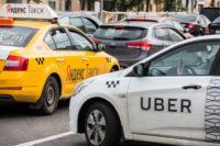 В ГД предложили штрафовать агрегаторы такси за ДТП с участием их водителей