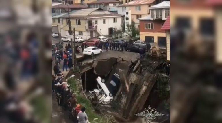 В России обрушился еще один мост