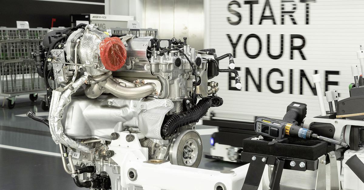 четырехцилиндровый мотор у Mercedes-AMG