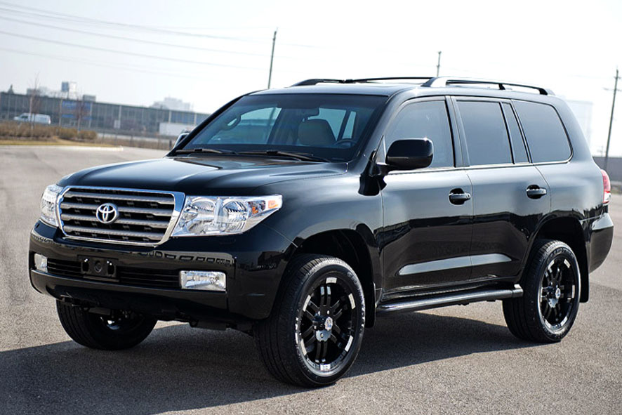 Броневик Toyota Land Cruiser 200