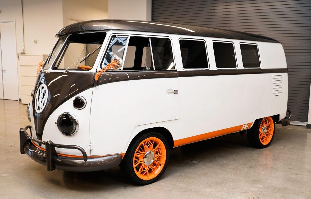 Электрический микроавтобус Volkswagen Type 2 Microbus