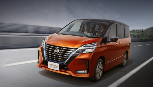 дизайн минивэна Nissan Serena