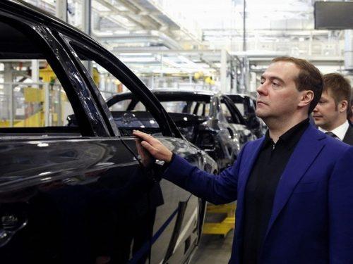 Да кому в этом отечественном автопроме давать деньги - Renault, GM, корейцам, китайцам