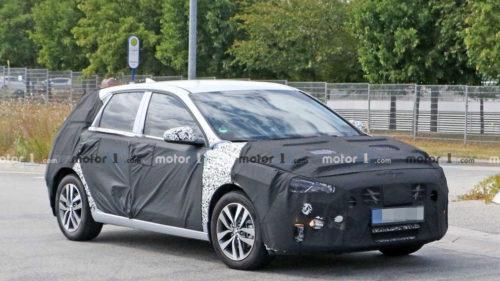 Гибридный Hyundai Elantra GT