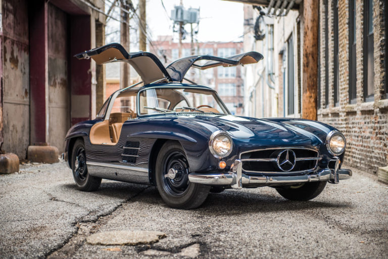Легендарный Mercedes-Benz Gullwing