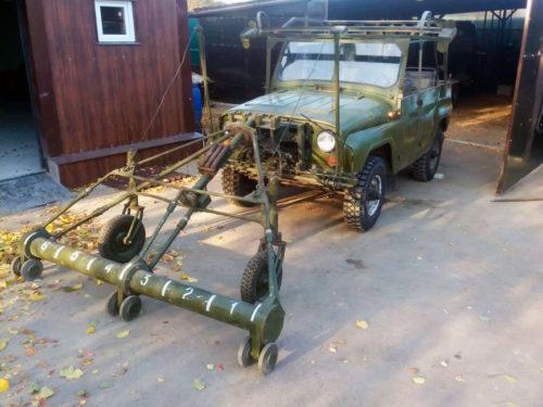 Миноискатель УАЗ-469 с двумя рулями