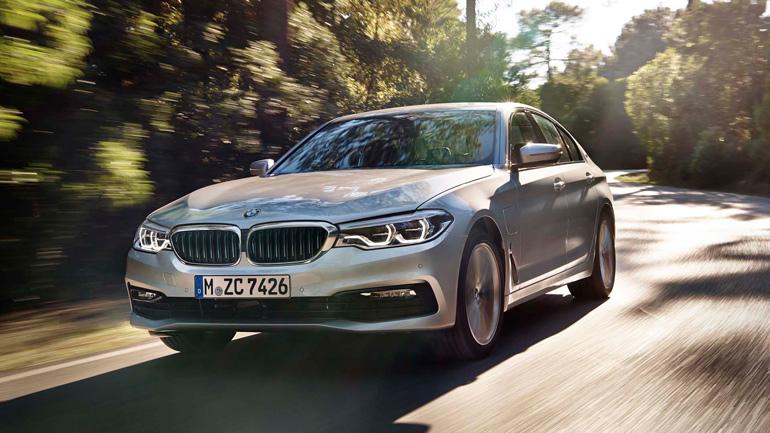 Обновленный гибрид BMW 530e