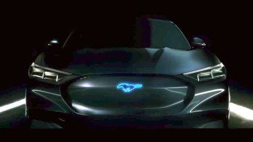 среднеразмерные электрокроссоверы Ford и Lincoln