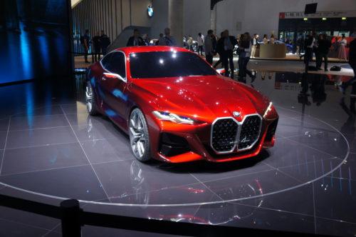 Новая BMW с огромной решеткой радиатора