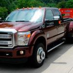 Пикап Ford F-Series буксирует 17-тонный прицеп