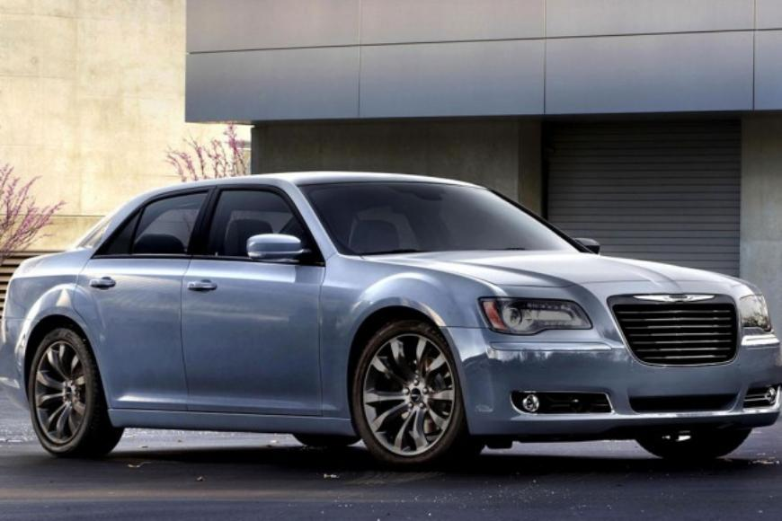 Свежая версия Chrysler 300