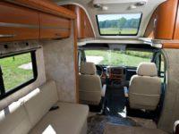Автодом Winnebago Solis Camper Van