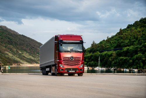 Инновационные опций грузовика Mercedes-Benz Actros