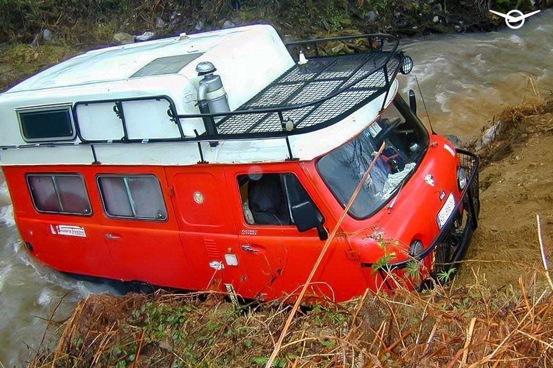 Итальянский автодом на базе УАЗ «Буханки» Adventure Camper
