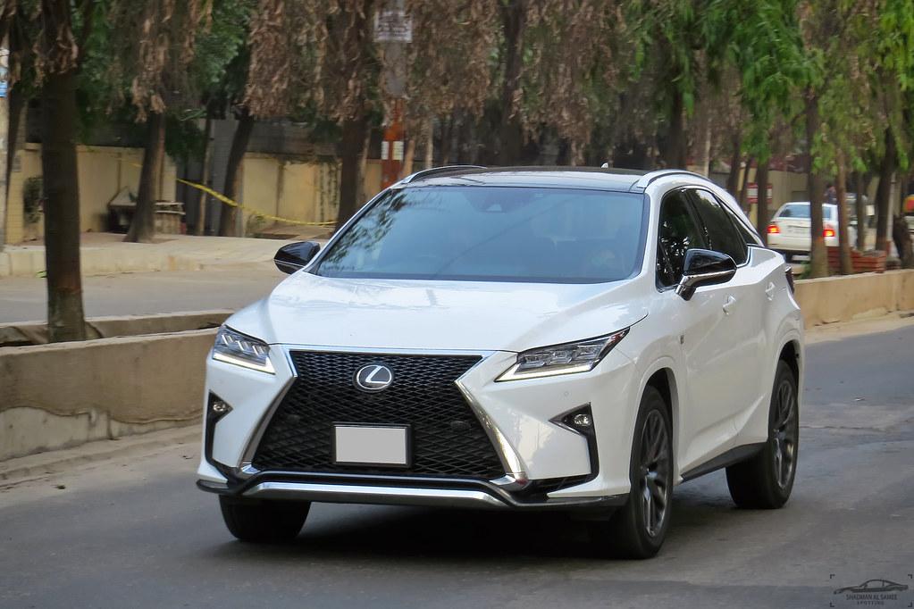 Новый электрокар Lexus