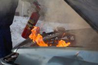 Ваши обязательные действия при пожаре в машине