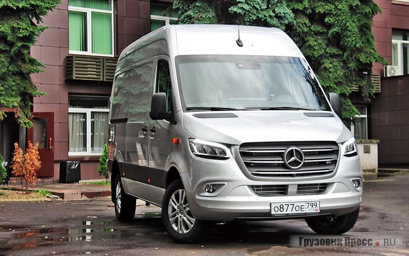 Грузовой фургон бизнес-класса Mercedes-Benz Sprinter VS30 Van