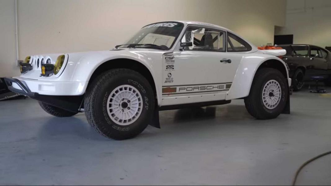 Кабриолет Porsche 911 превратили в грозный внедорожник