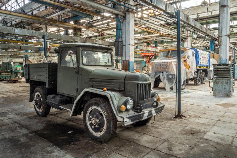 Как сегодня выглядит легендарный Советский завод ЗИЛ