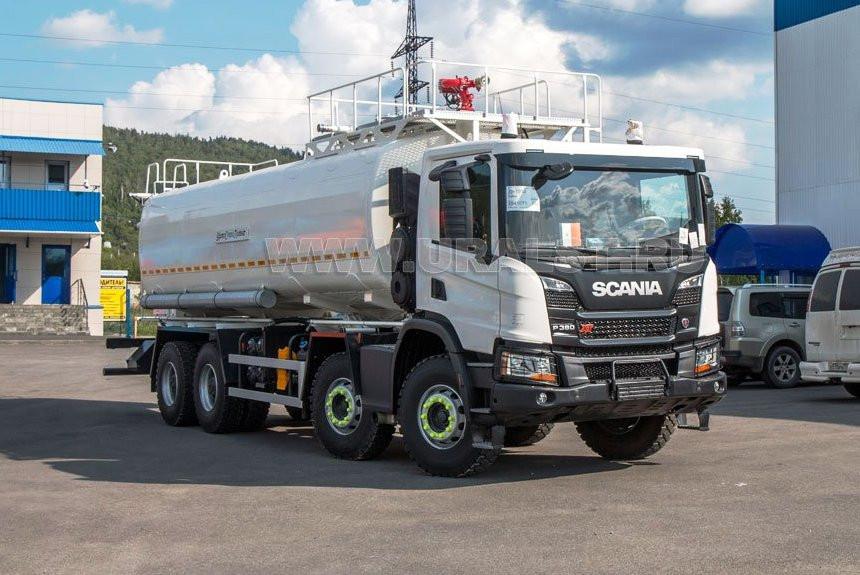 Карьерная поливалка на шасси Scania