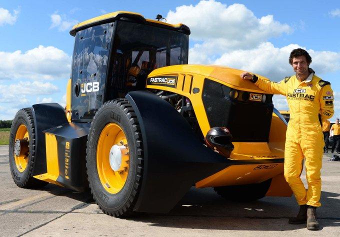 Мировой рекорд трактора JCB
