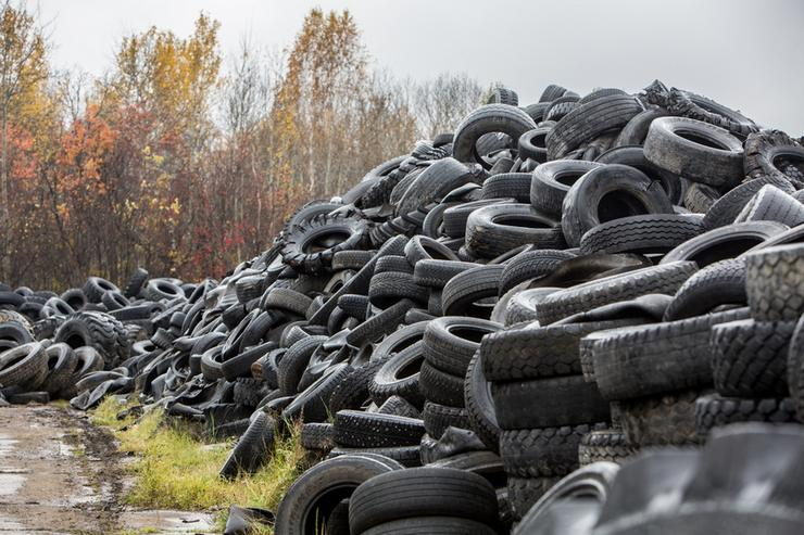 Налог на шины: Государство продолжает обирать автовладельцев