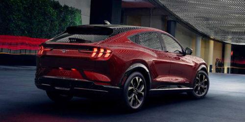 Новый кроссовер Ford в стиле Mustang